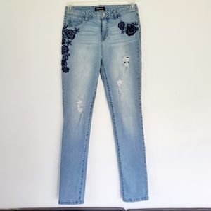 D. JEANS embroidered jeans Sz. 6